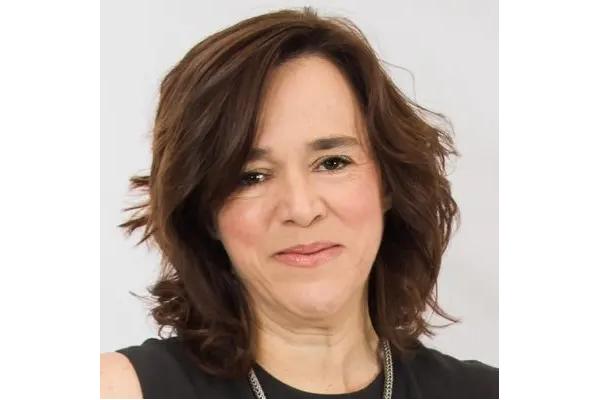 Photo of Louise Dubé
